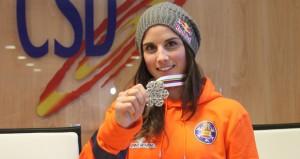 Queralt con la medalla de plata. Fuente: CSD