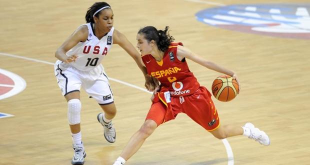Ángela Salvadores en el Mundial frente a Estados Unidos, partido donde anotó 40 puntos. Fuente: FIBA