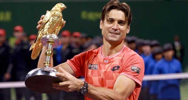 David Ferrer con el trofeo. Fuente: EFE