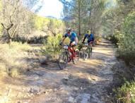 Mantecón y Skarnitzl vencen en la Costablanca Bike Race