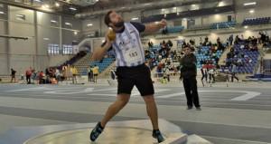 El malagueño Borja Vivas en la pista de atletismo de Antequera. Fuente: Club Atletismo Málaga