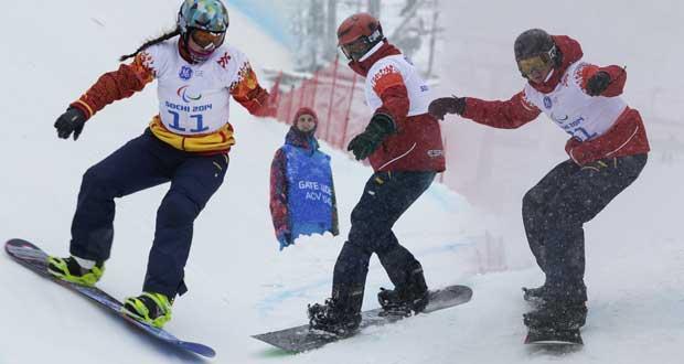 Astrid Fina, Aitor Puertas y Urko Egea en los Juegos Paralímpicos de Sochi. Fuente: AD