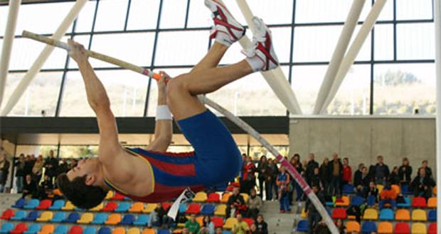 El pertiguista catalán, Dídac Salas, campeón de España en pista cubierta. Fuente: RFEA