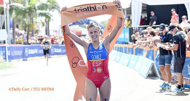 La triatleta española, Tamara Gómez, tras ganar la Copa del Mundo de Mooloolaba. Fuente: ITU Media