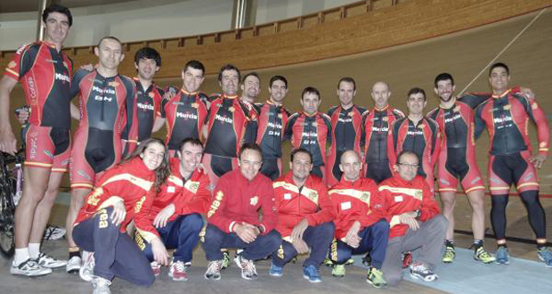 La selección española de ciclismo adaptado en pista, durante su preparación en Portugal. Fuente: RFEC