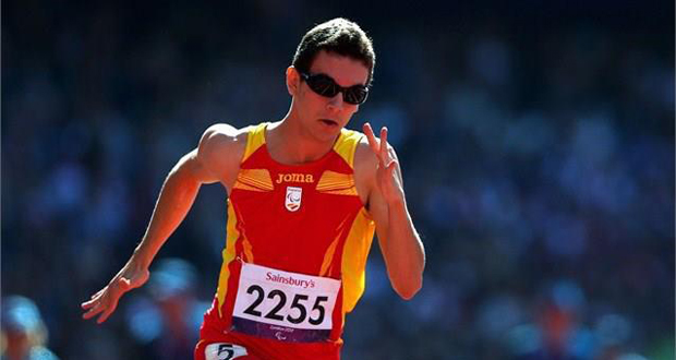 El atleta ciego, Gerard Descarrega, durante una carrera. Fuente: CPE