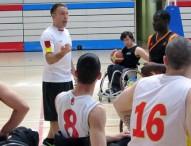 La selección de baloncesto en silla se pone a punto