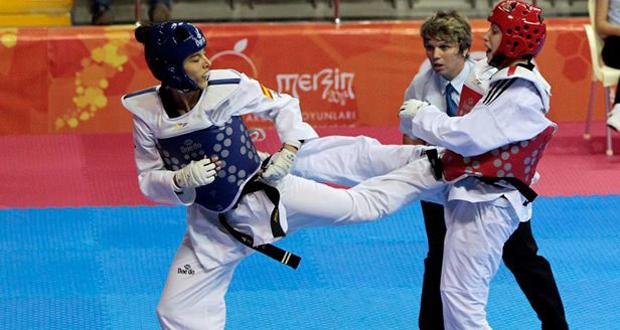 Eva Calvo, número 1 del mundo, en un combate. Fuente: CSD