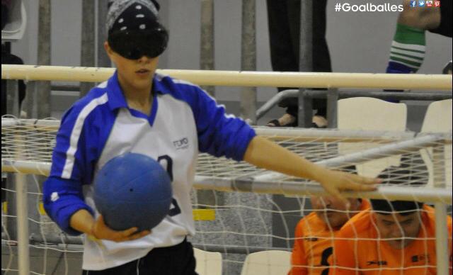 La jugadora de goalball, Arantxa Sorribes, durante un partido. Fuente: goalball.es