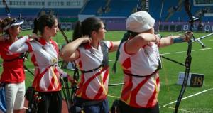 Alicia, Miriam y Adriana. Fuente: archery world