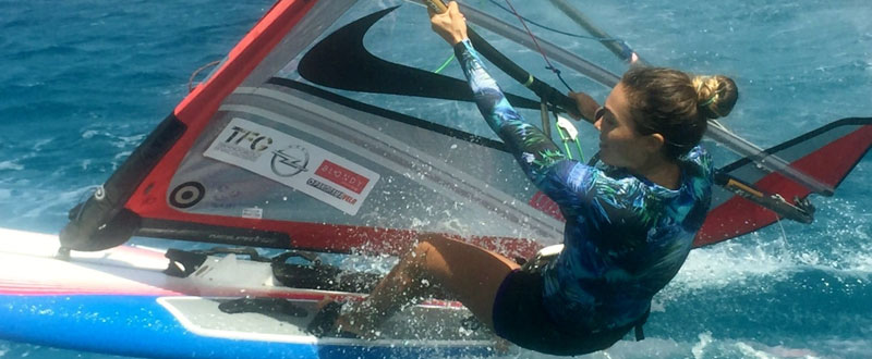 La windsurfista Blanca Manchón ya se encuentra en Sicilia. Fuente: AD