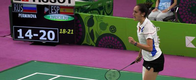La jugadora española de bádminton, Clara Azurmendi, celebra un punto en Baku. Fuente: COE