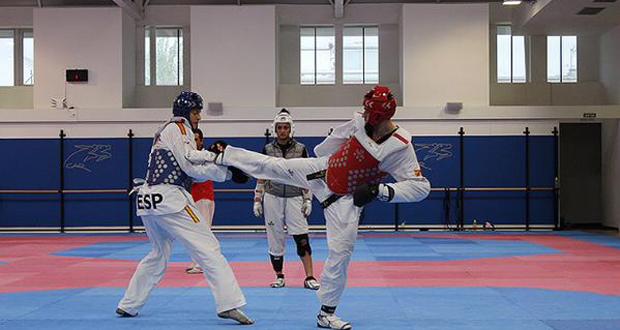 El taekwondista Daniel Ros durante un entrenamiento. Fuente: TKD