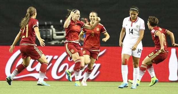 Vicky Losada celebra su gol junto a sus compañeras en el debut ante Costa Rica. Fuente: Eidan Rubio - Sefútbol