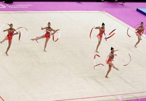 La selección española de gimnasia rítmica luchando por las medallas en Baku. Fuente: COE