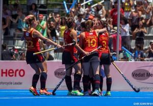 Las 'Redsticks' celebrando el gol ante Estados Unidos. Fuente: Rfeh