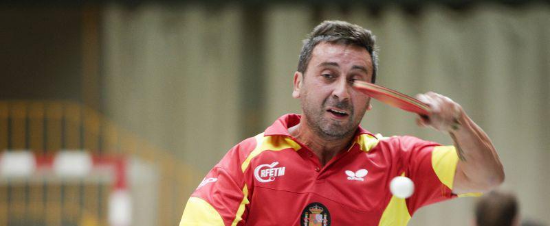 El palista Juan Bautista Pérez, oro en individuales y en dobles en el Open de España de tenis de mesa. Fuente: RFETM