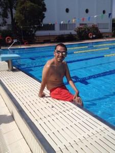 El nadador antes de un entrenamiento.