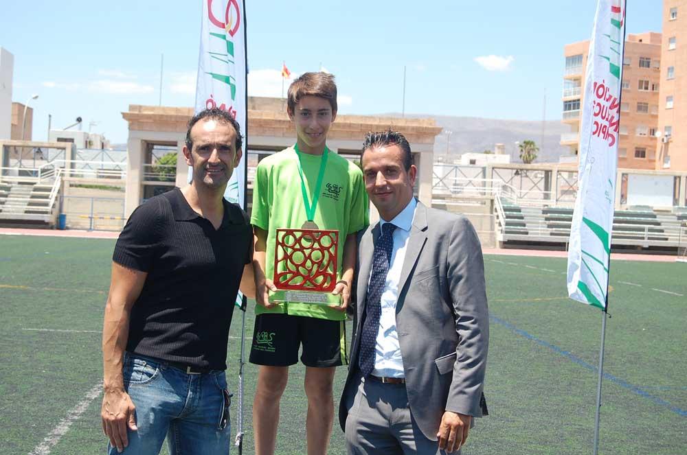 Podio Olimpiada Escolar 2015. Fuente: FM/Avance Deportivo