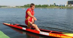 Sete Benavides en su canoa. Fuente: RFEP