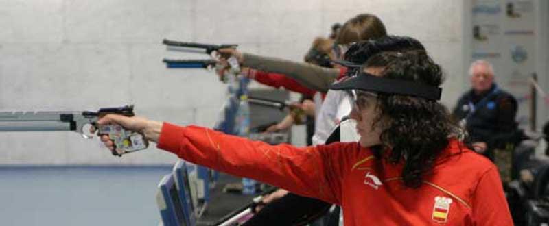 La 'pistolera' tarraconense, Sonia Franquet, durante una competición. Fuente: AD