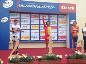 Juanjo Méndez en el podio. Fuente: Rfec