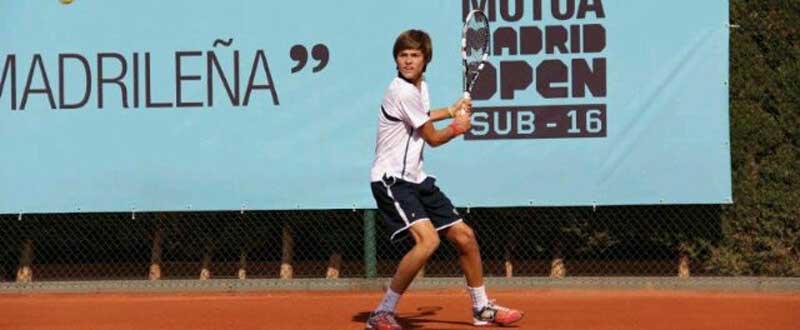 Álex Vedri será el representante del tenis masculino español en FOJE 2015. Fuente: AD