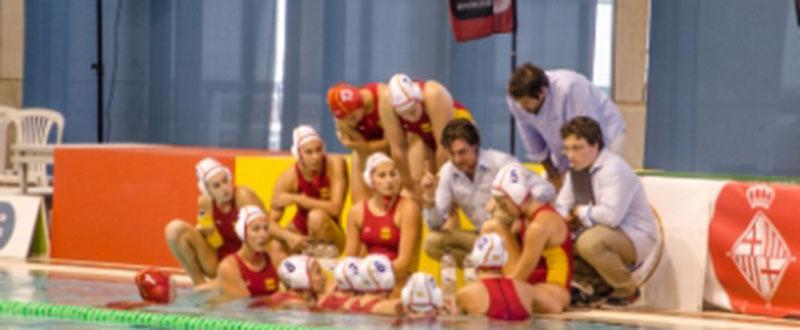 La selección española de waterpolo durante uno de sus encuentros. Fuente: Rfen