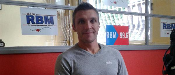 El seleccionador españo, el francés Fred Soyez. Foto: Hockey DH