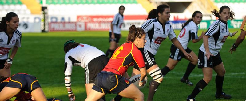 La jugadora de la selección española de rugby, Patricia García, durante un partido. Fuente: PhotoScrum