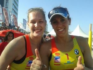 Las campeonas Ester Ribera y Amaranta Fernández. Fuente: AD