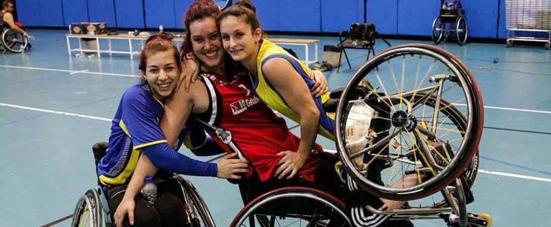 La madrileña junto a Almudena Montiel y Lucía Soria. Fuente: Vicky Pérez.