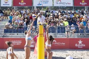 Lía Merteki y Carmen Martínez han vencido en categoría femenina. Fuente: Beach Volley Tour.