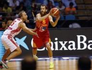 España suma y sigue ganando a Polonia