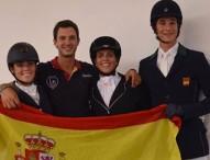 Miguel Vázquez, Beatriz Robert y Marta Galán, subcampeones de la Copa Universitaria