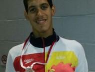 Hugo González, bronce en los 400 estilos