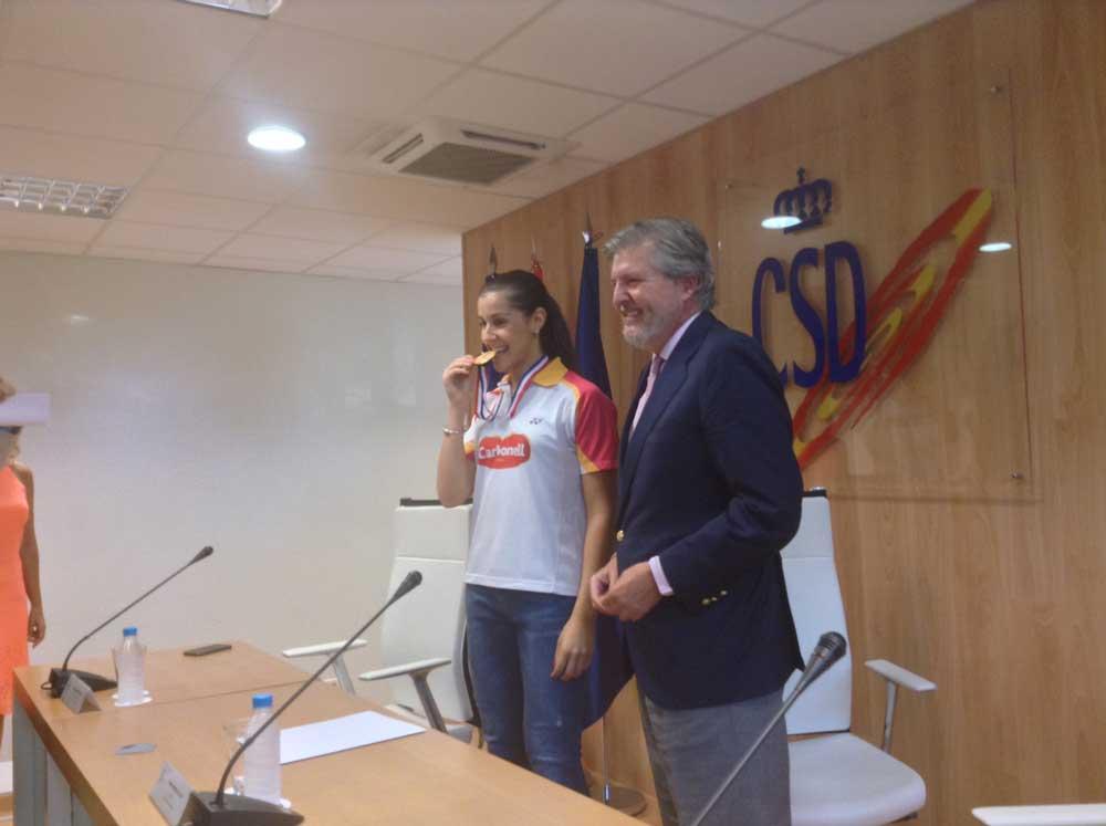 Carolina Marín (centro). Fuente: JAC/Avance Deportivo