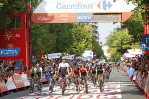 Danny Van Poppel (TFR) se anota su primera victoria en la Vuelta. Fuente: Javier Belver/Unipublic