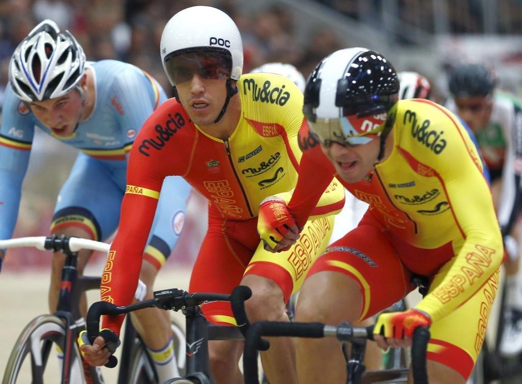Sebastián Mora y Albert Torres, durante la prueba. Fuente: Reuters
