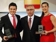 Gómez Noya y Carolina Marín, brillan en la gala del COE