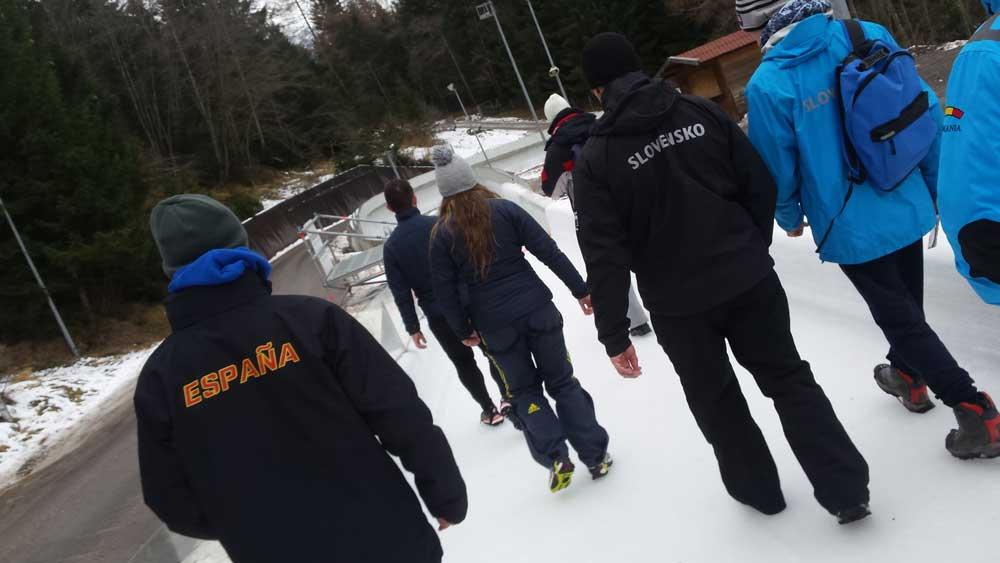 Equipo español de bobsleigh. Fuente: AD