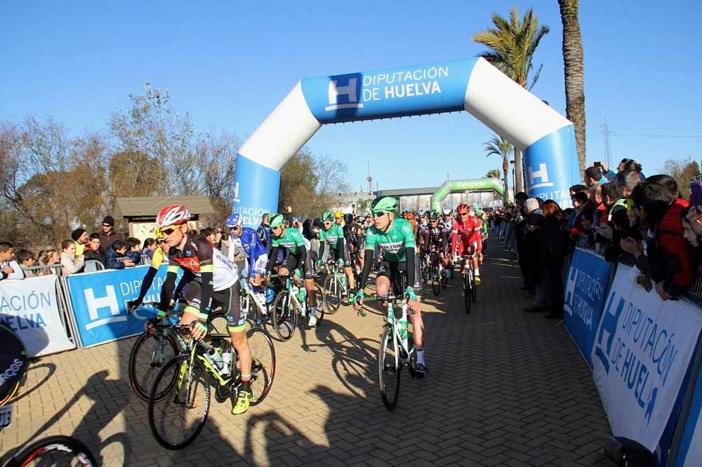 Salida Vuelta Andalucía 2015. Fuente: EFE / J.PÉREZ
