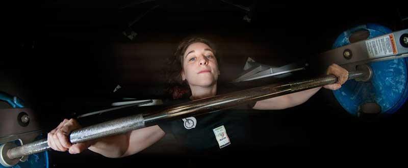 La levantadora de peso, Loida Zabala, se prepara para participar en sus terceros Juegos Paralímpicos. Fuente: AD