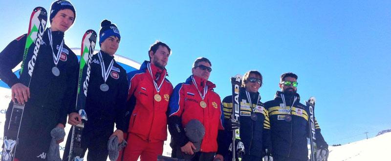 Jon Santacana y Miguel Galindo en el podio. Fuente: AD