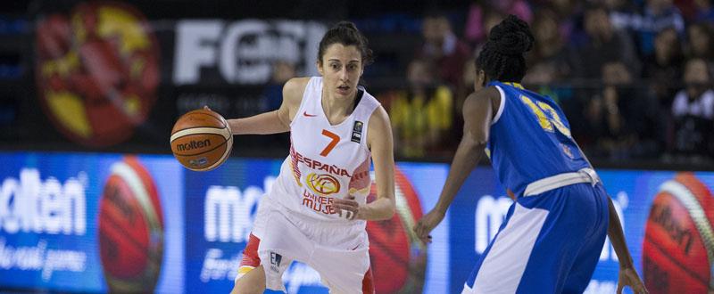 Alba Torrens, máxima anotadora del conjunto español, en un momento del partido. Fuente: FEB