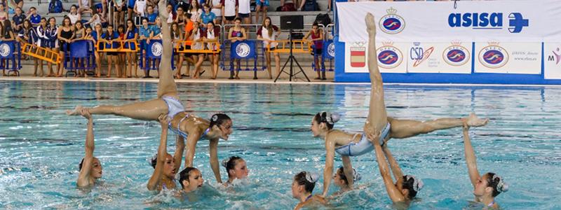 Ejercicio del equipo español de natación sincronizada. Fuente: RFEN