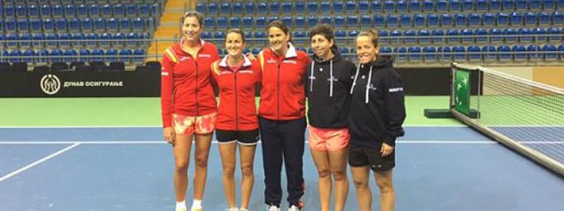 La selección española de tenis ya está en Serbia para la eliminatoria de la Fed Cup. Fuente: RFET