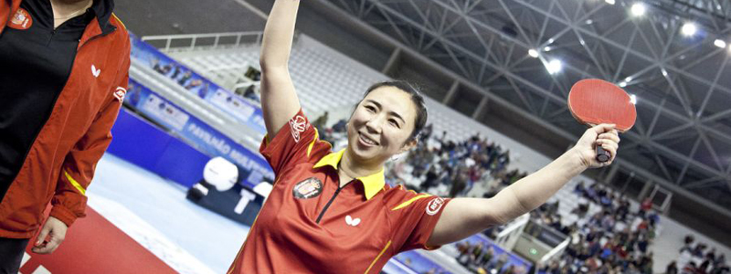 La jugadora Yanfei Shen celebra su victoria en el Top 16 europeo de tenis de mesa. Fuente: Cincuentacientoveinte