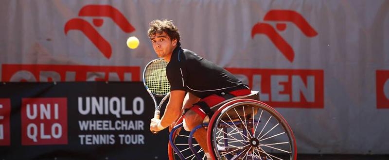 El tenista madrileño, Daniel Caverzaschi, durante un partido. Fuente: AD