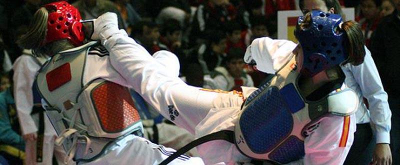 La taekwondista española Katia Calvar durante un combate. Fuente: fetaekwondo